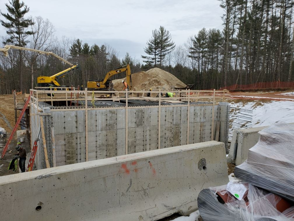 Bemis well constrution Photo 1